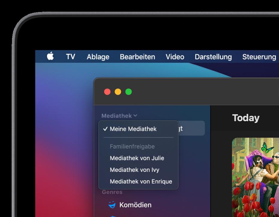 """Der Bildschirm """"Mediathek"""" der AppleTVApp mit den Mediatheken von Familienmitgliedern, die in der Seitenleiste angezeigt werden."""