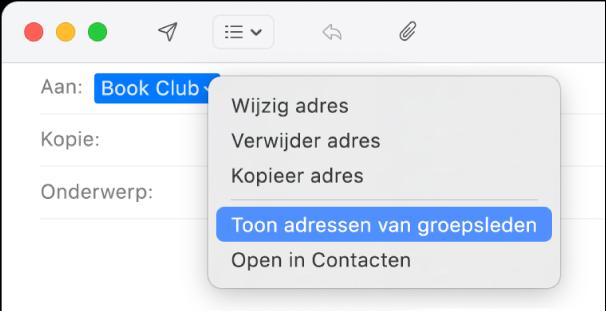Een e-mail in Mail met een groep in het veld 'Aan' en het venstermenu met het commando 'Toon adressen van groepsleden' geselecteerd.