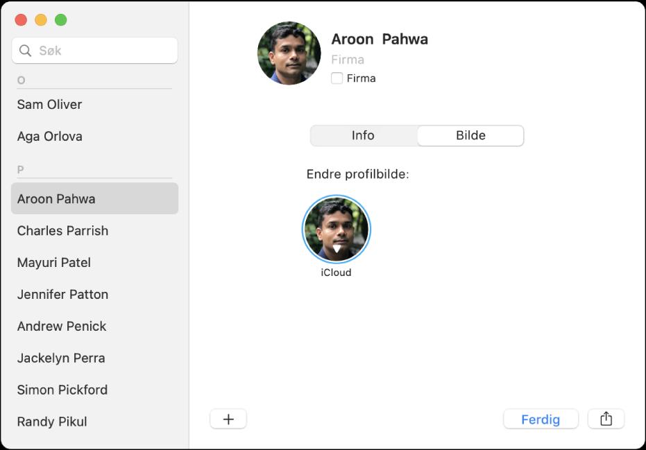 En kontakt er markert i kontaktlisten til venstre i Kontakter-vinduet. I bildepanelet til høyre kan du klikke på kontaktens bilde hvis du vil endre det.