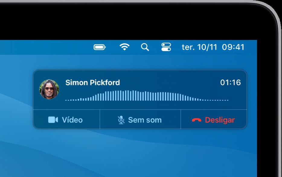 É mostrada uma notificação no canto superior direito do ecrã do Mac, que indica que está a decorrer uma chamada.