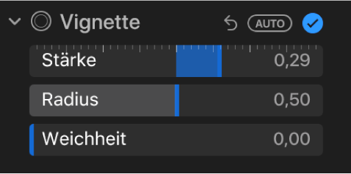 """Die Steuerungen """"Vignette"""" im Bereich """"Anpassen"""" mit den Reglern """"Stärke"""", """"Radius"""" und """"Weichheit""""."""