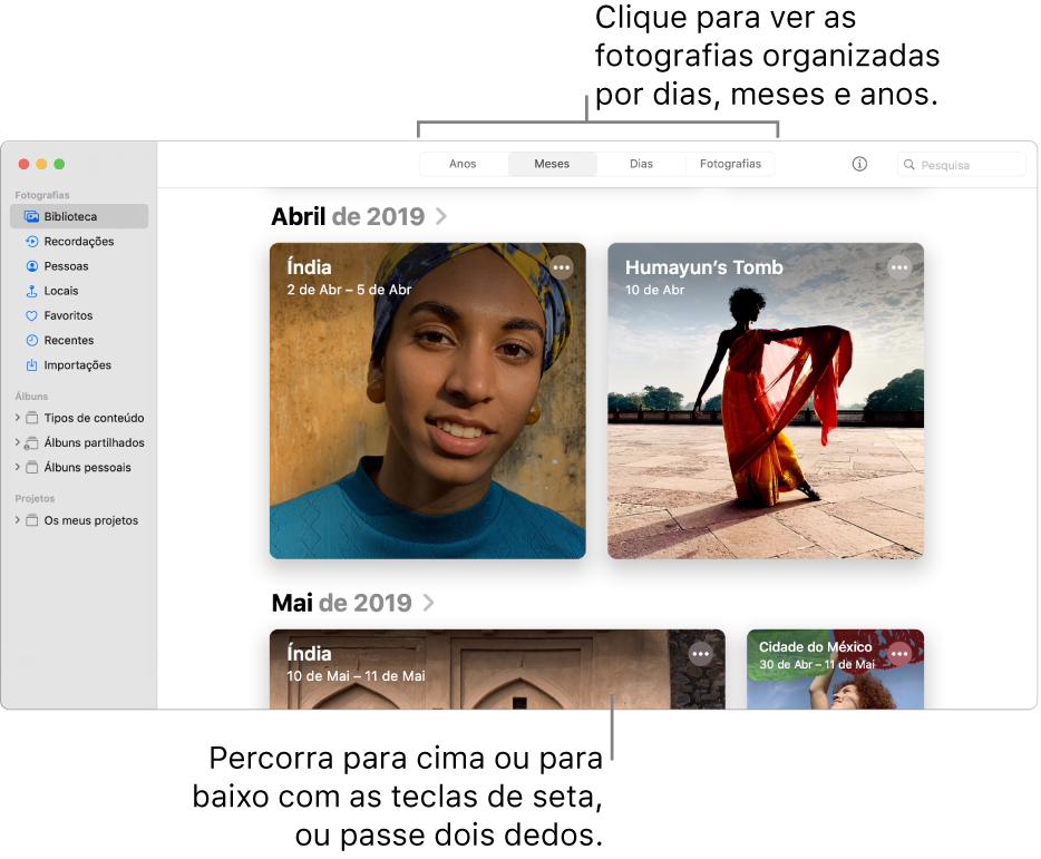 """A janela da aplicação Fotografias mostra a opção """"Meses"""" selecionada na barra de ferramentas e as fotografias organizadas por mês aparecem na área principal da janela."""