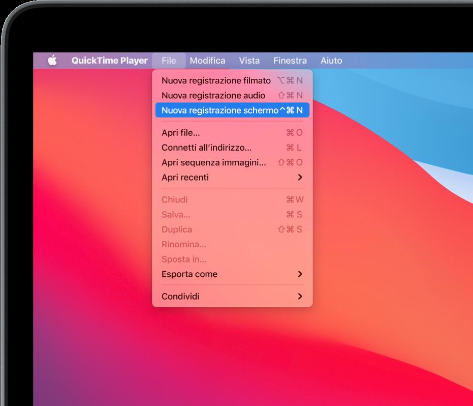 """Nell'app QuickTime Player, il menu File è aperto ed è selezionato il comando """"Nuova registrazione schermo"""" per iniziare la registrazione dello schermo."""