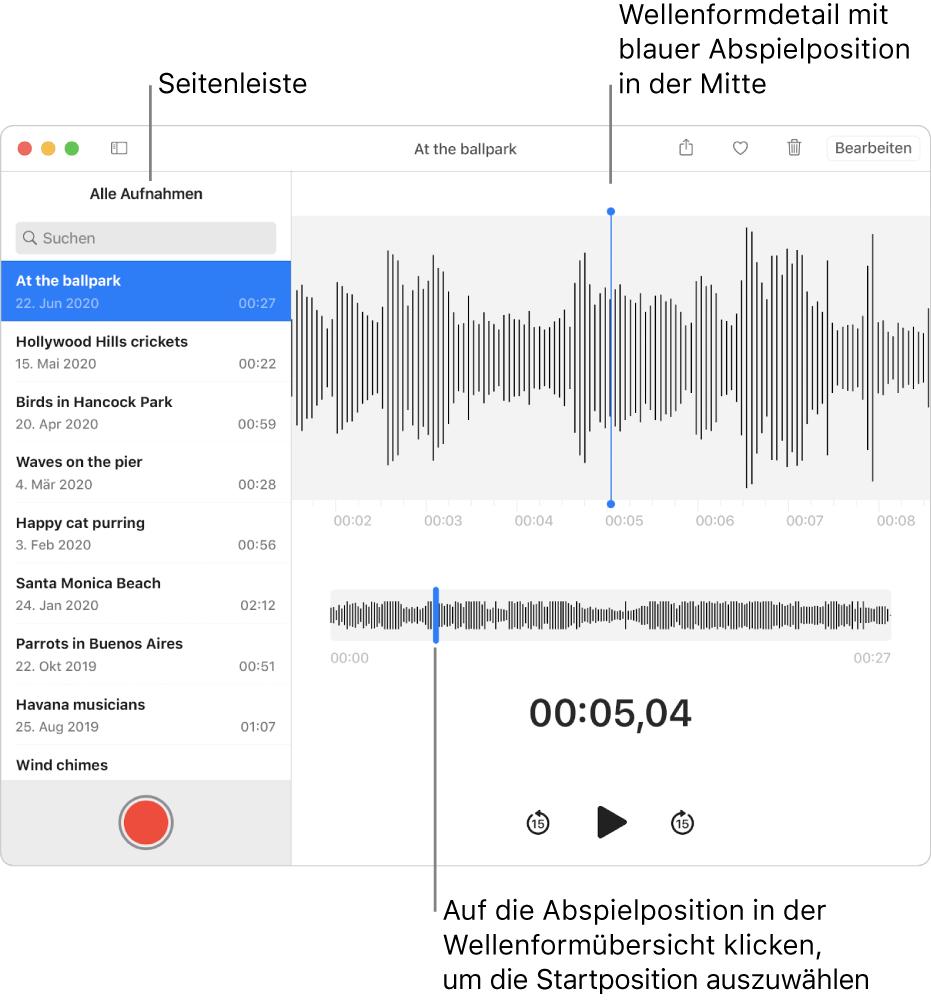 """Die App """"Sprachmemos"""" zeigt die Seitenleiste links. Die Aufnahme erscheint rechts neben der Seitenleiste im Fenster als Wellenform-Detailansicht mit einer blauen Abspielposition in der Mitte. Darunter befindet sich die Wellenformübersicht. Durch Klicken auf die Abspielposition in der Übersicht wählst du die Startposition."""