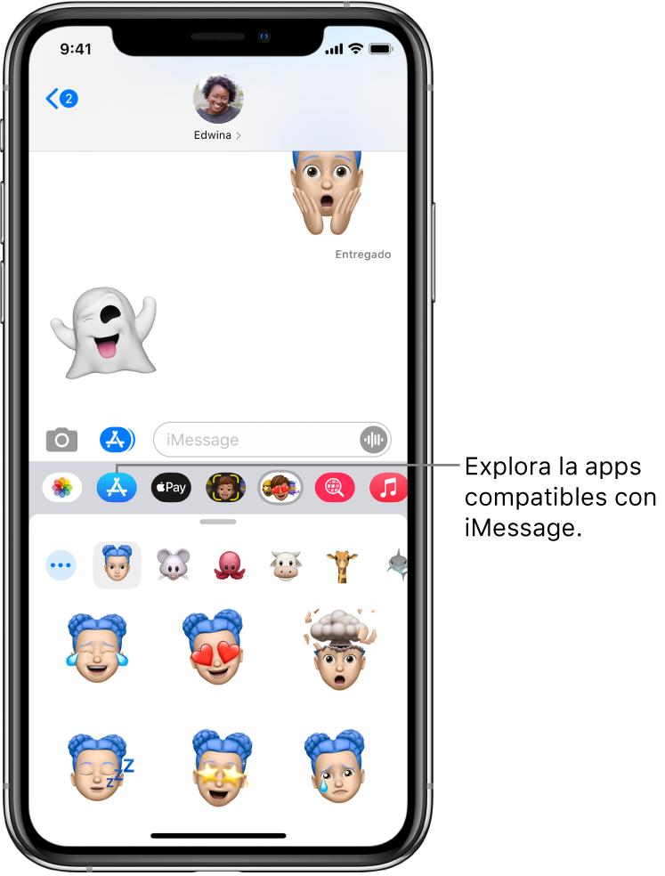 """Una conversación de Mensajes con el botón """"Explorador de apps"""" de iMessage seleccionado. El cajón de apps abierto mostrando stickers de caras."""
