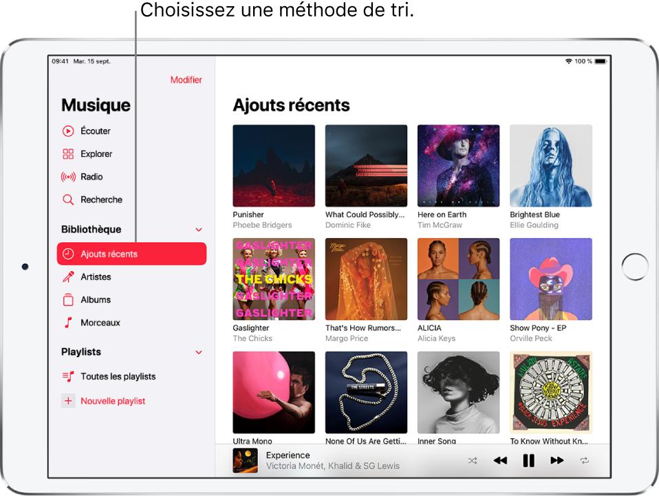 L'écran Bibliothèque avec la barre latérale à gauche, avec les mots «Ajoutsrécents» en surbrillance. Les albums ajoutés récemment apparaissent sur la droite. Le lecteur se trouve en bas à droite.