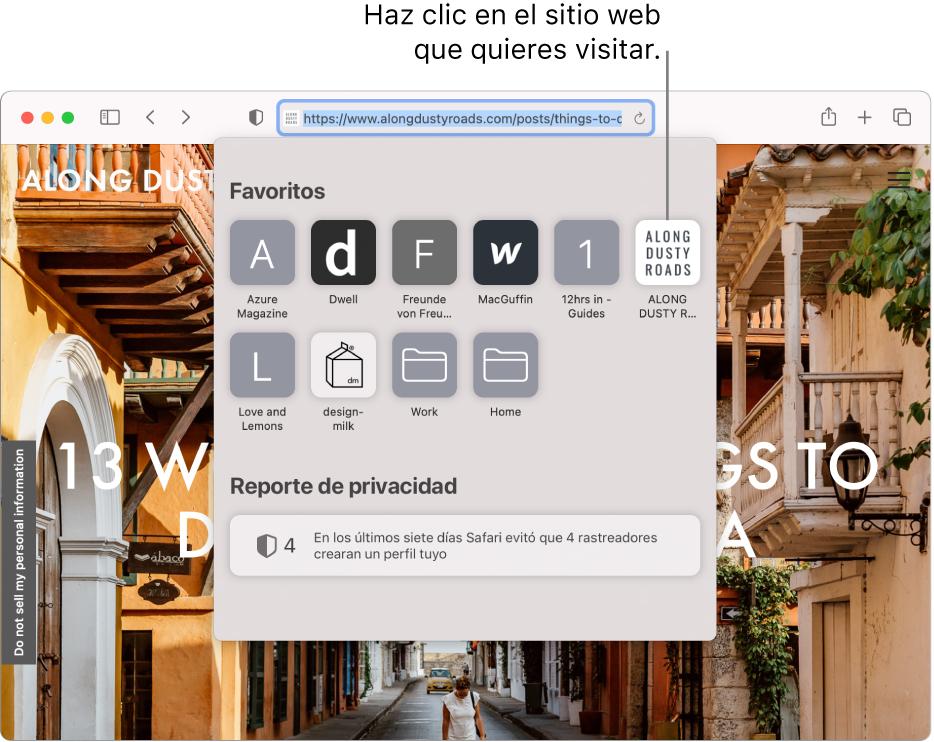 El campo de búsqueda inteligente de Safari Smart Search field; debajo se muestra la página principal con el área Favoritos y un resumen del reporte de privacidad.
