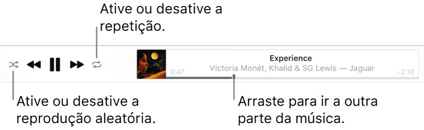 Parte superior do Apple Music com uma música sendo reproduzida. Os controles de reprodução estão do lado esquerdo. O botão Aleatório está à esquerda dos controles de reprodução e o botão Repetir, à direita. Arraste o cursor de reprodução para ir a outra parte da música.