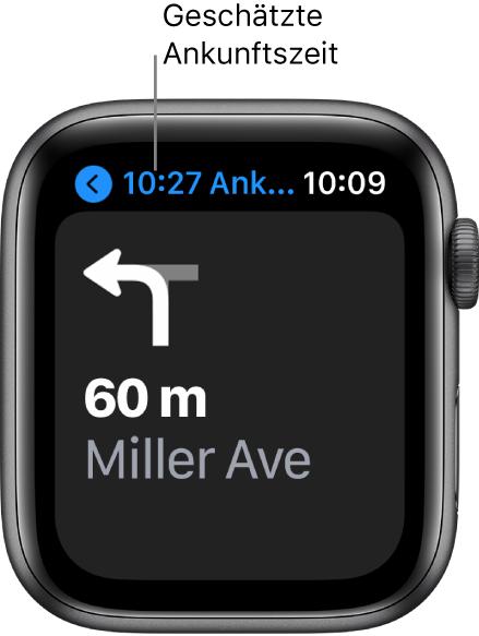 """Die App """"Karten"""" zeigt oben links die geschätzte Ankunftszeit, den Namen der Straße, bei der du abbiegen musst, und die Entfernung bis zum Abbiegen."""