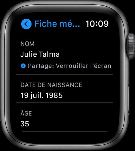 L'écran «Fiche médicale» affichant l'âge de l'utilisateur.
