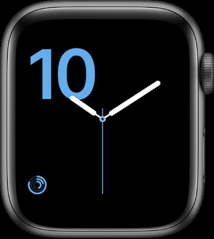 Wajah jam angka menampilkan jenis font chiseled dalam warna biru dan komplikasi Aktivitas di bagian kiri bawah.
