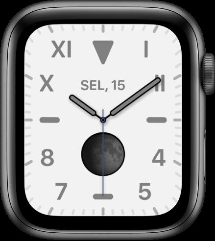 Wajah jam California, menampilkan gabungan angka Romawi dan Arab. Wajah jam ini menampilkan komplikasi Fase Bulan.