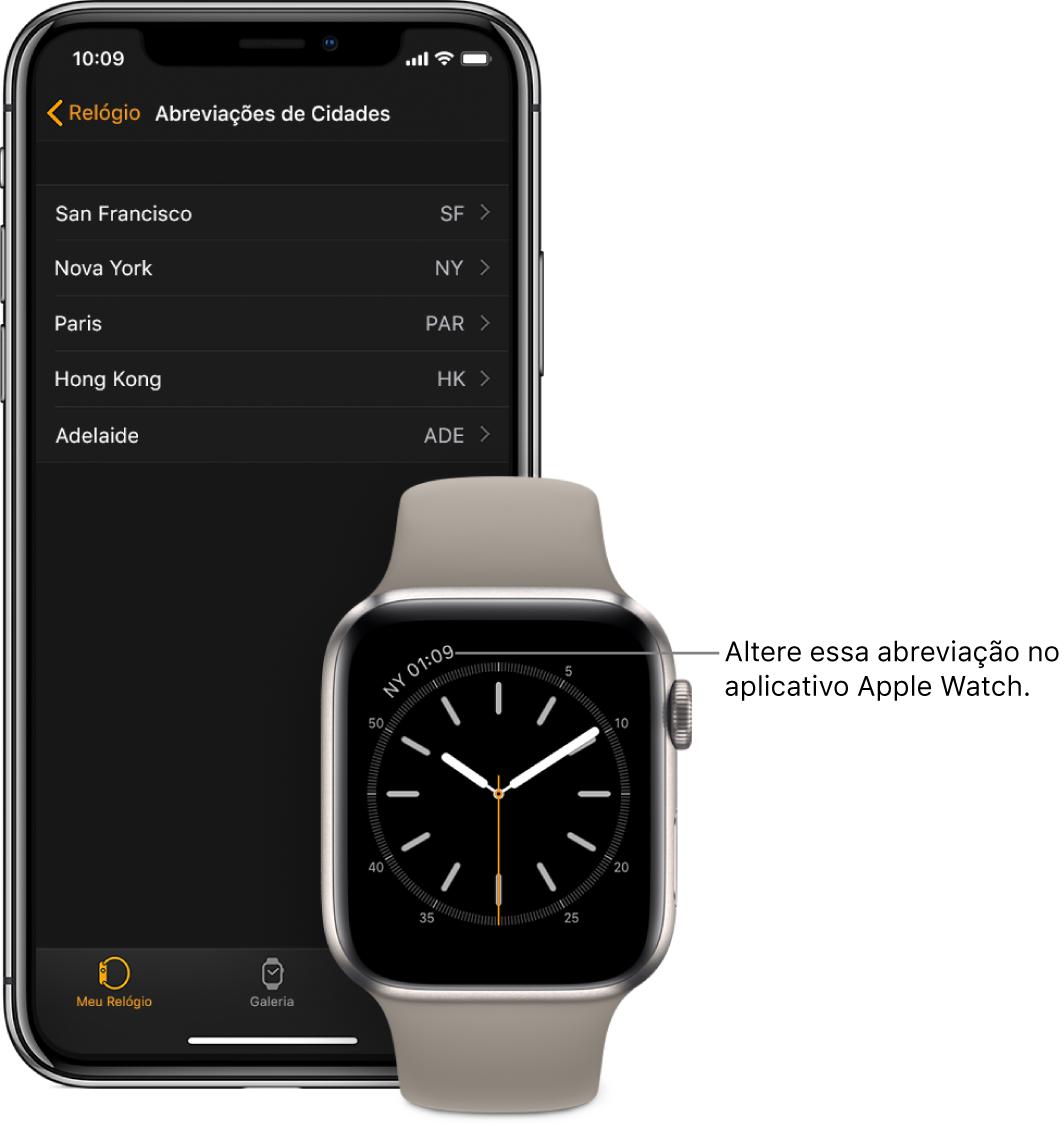 Um iPhone e um AppleWatch lado a lado. A tela do AppleWatch mostra a hora em Nova Iorque, com a abreviação NYC. A tela do iPhone mostra a lista de cidades nos ajustes de Abreviações de Cidades, nos ajustes do Relógio, no app AppleWatch.