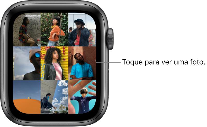 Tela principal do app Fotos no AppleWatch, com várias fotos exibidas lado a lado.