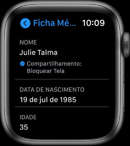 A tela Ficha Médica mostrando nome e a idade do usuário.
