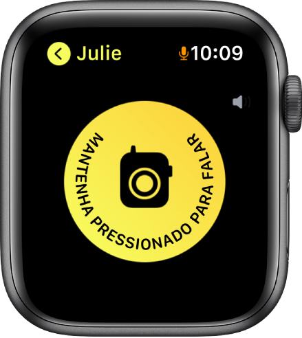 """Tela do Walkie-Talkie mostrando um grande botão Falar no meio. No botão Falar, lê-se """"Mantenha Pressionado para Falar""""."""