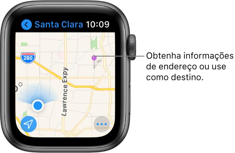 O app Mapas mostra um mapa com um alfinete roxo, que pode ser usado para obter o endereço aproximado de um ponto no mapa ou como destino para itinerários.