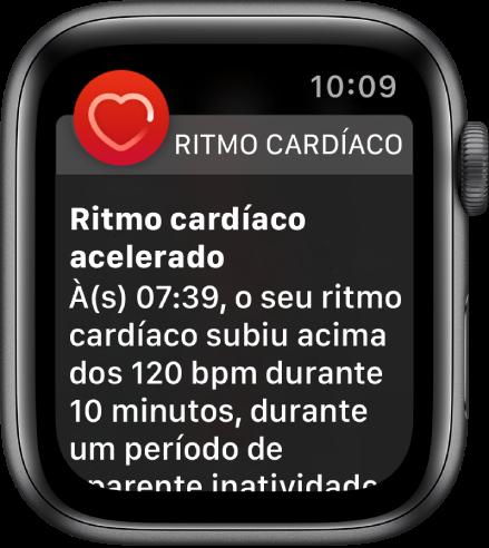 O ecrã de Ritmo cardíaco elevado, com uma notificação de que o seu ritmo cardíaco ultrapassou as 120 BPM, apesar de ter permanecido inativo durante 10 minutos.