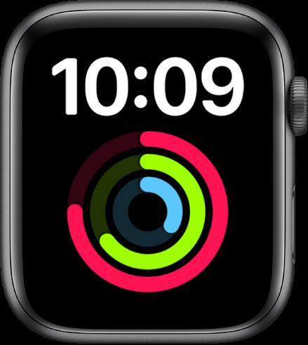 """""""大文字""""表盘以数码格式在顶部显示时间。下方是较大的""""健身记录""""复杂功能。"""