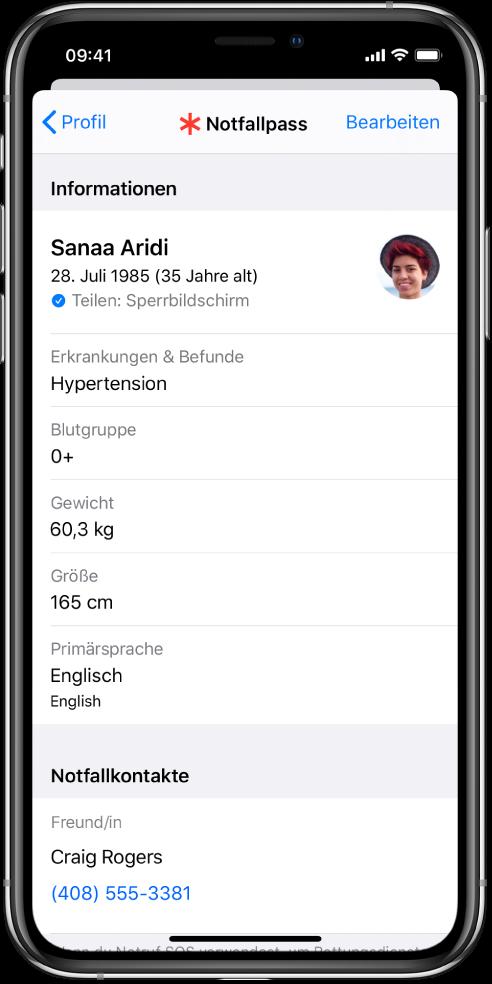 Ein Notfallpass-Bildschirm mit Informationen wie Geburtsdatum, körperliche Beschwerden, Medikationen und Notfallkontakte.