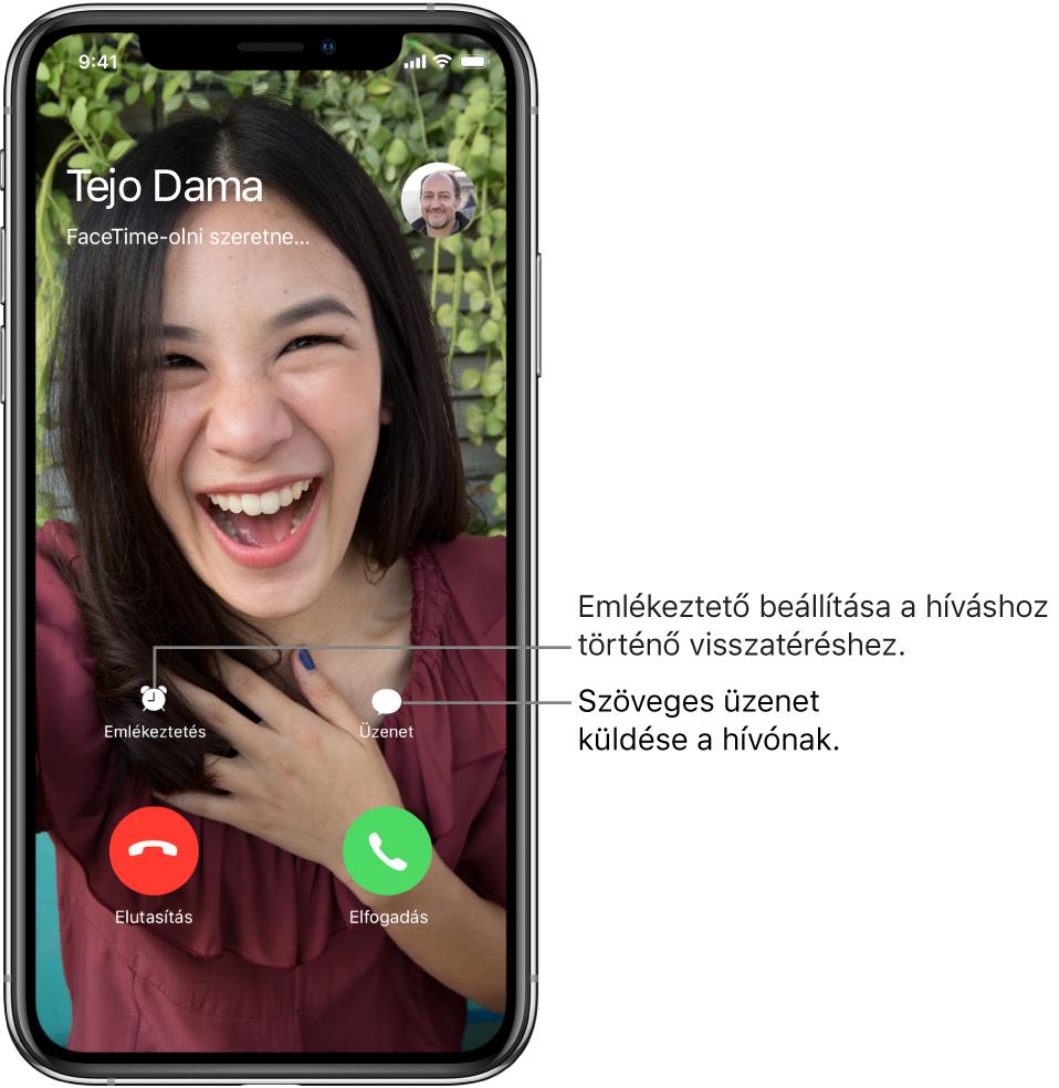 A beérkező hívások képernyője. A képernyő alján a felső sorban (balról jobbra haladva) az Emlékeztetés és az Üzenet gomb látható. Az alsó sorban, balról jobbra az Elutasítás és a Fogadás gomb látható.