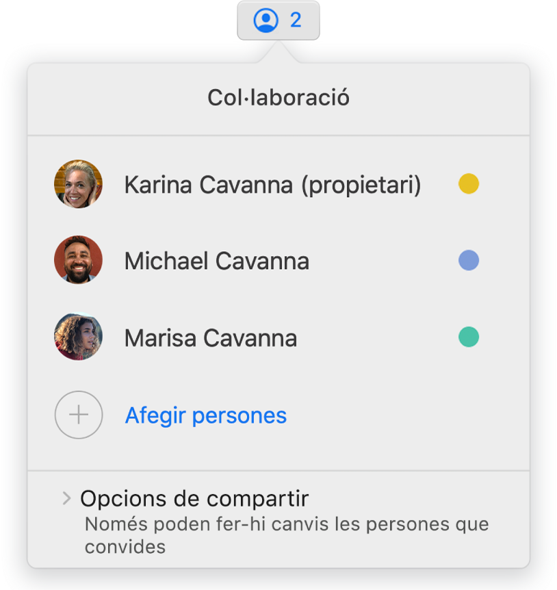 El menú Col·laboració, en què es mostren els noms de les persones que col·laboren en la presentació. Les opcions de compartir són a sota dels noms.