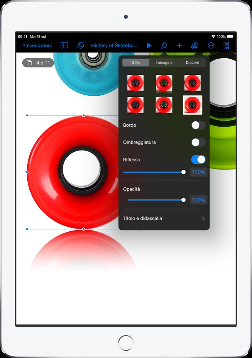 I controlli Formato per modificare le dimensioni e l'aspetto dell'immagine selezionata. I pulsanti Stile, Immagine e Disposizione si trovano nella parte superiore dei controlli.
