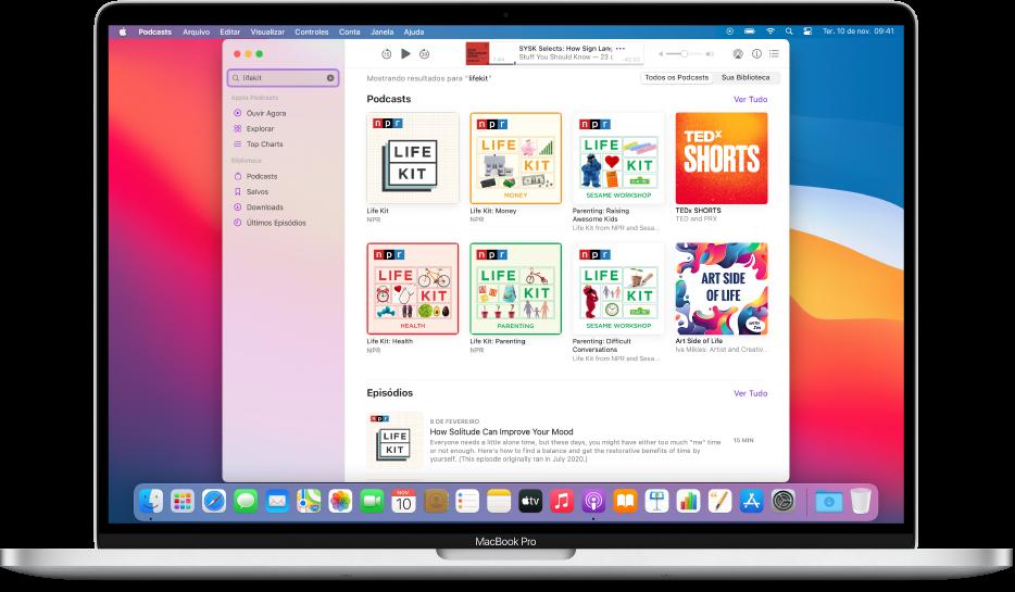 Janela do Apple Podcasts mostrando uma busca e os resultados.