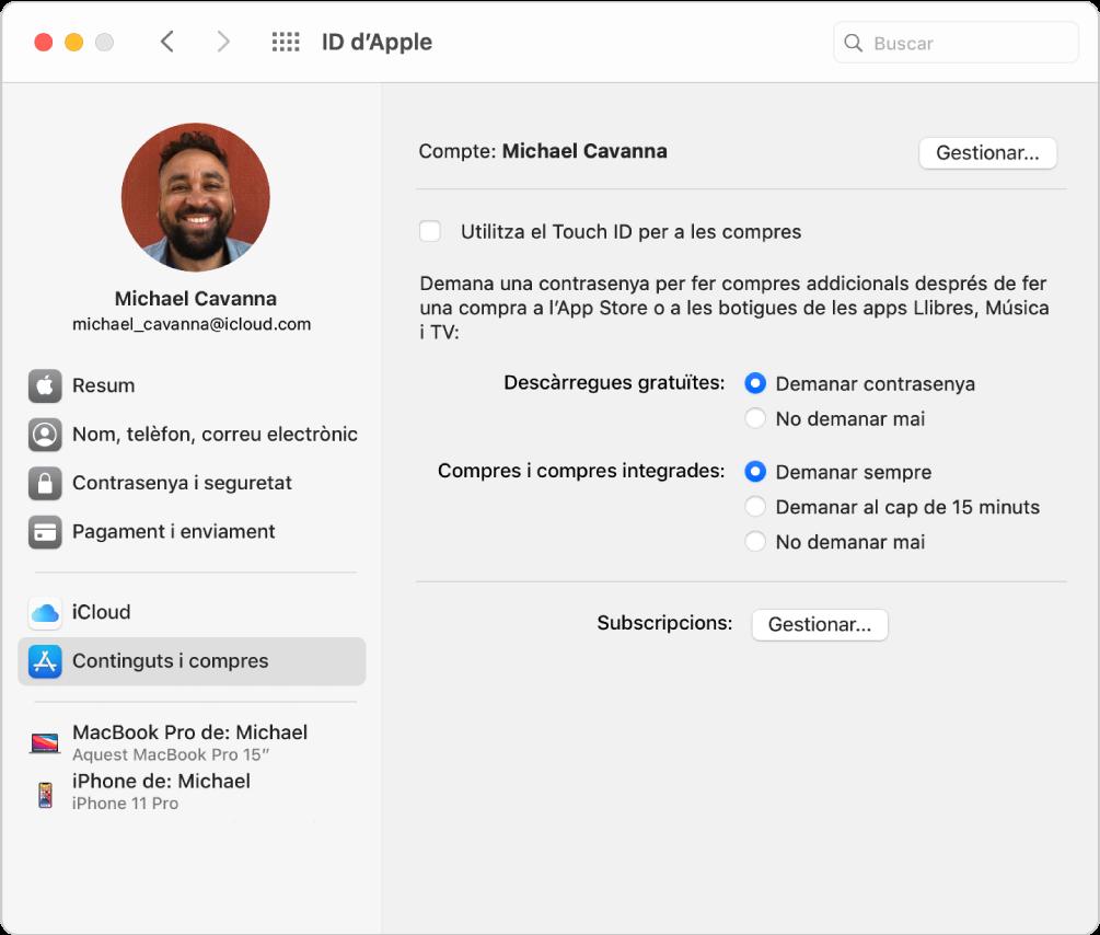 """Les preferències de l'ID d'Apple, que mostren una barra lateral amb diversos tipus d'opcions de compte que pots utilitzar i el tauler de preferències """"Continguts i compres"""" d'un compte existent."""