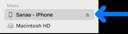 Zařízení vybrané na bočním panelu Finderu.