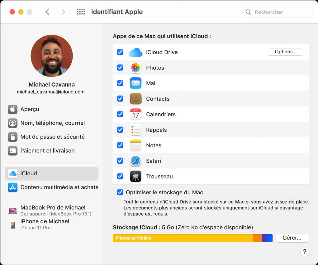Les préférences de votre identifiantApple affiche une barre latérale qui présente les différents types d'options relatives au compte que vous pouvez utiliser ainsi que les préférences iCloud d'un compte existant.