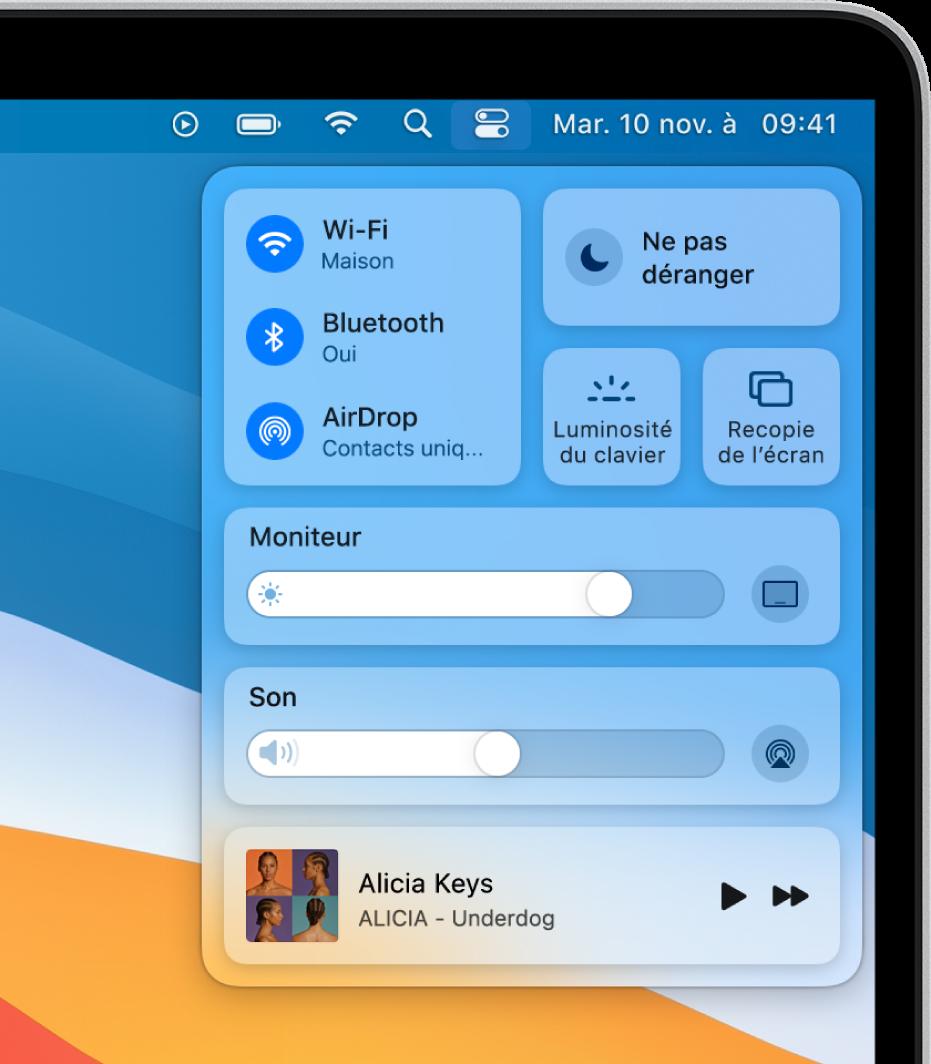 Le Centre de contrôle en haut à droite de l'écran Mac avec, entre autres, les commandes Wi-Fi, «Ne pas déranger», Son et «À l'écoute».