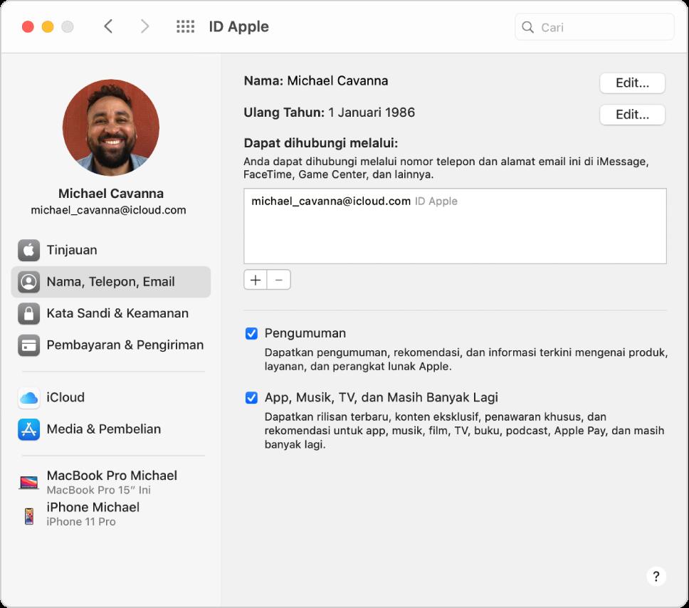 Preferensi ID Apple menampilkan bar samping dari pilihan jenis akun yang berbeda yang dapat Anda gunakan dan preferensi Nama, Telepon, Email untuk akun yang ada.