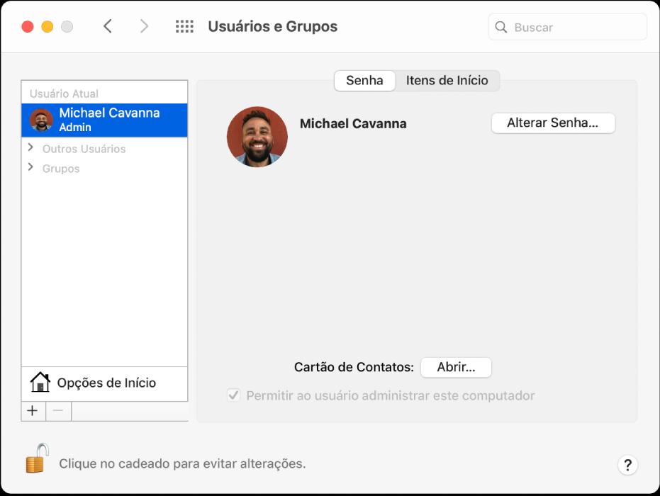 """Preferências """"Usuários e Grupos"""" mostrando um usuário selecionado na lista de usuários. A aba Senha, a aba """"Itens de Início"""" e o botão Alterar Senha estão à direita."""