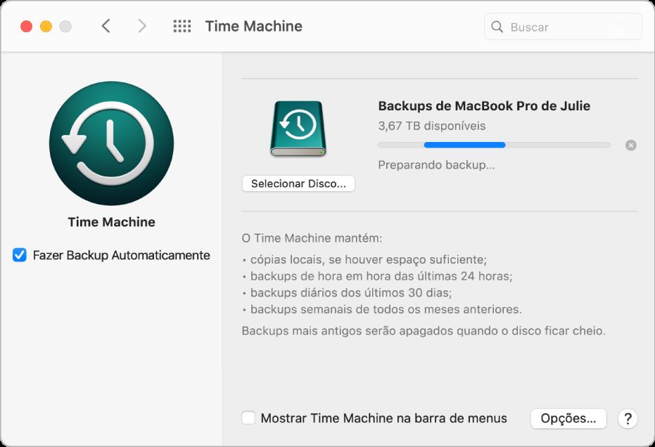 Preferência Time Machine mostrando o progresso de um backup para uma unidade externa.