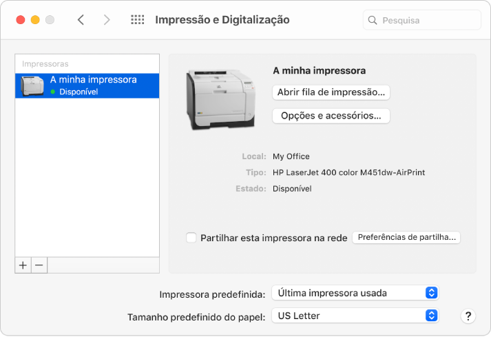 """A caixa de diálogo """"Impressão e Digitalização"""" mostra opções para configurar uma impressora e uma lista de impressoras com os botões Adicionar e Remover para adiciona e remover impressoras na parte inferior."""