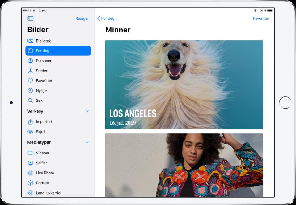 Minner-skjermen som viser to minner. Øverst til venstre er det en For deg-knapp, som tar deg tilbake til For deg-skjermen. Øverst til høyre er det en Favoritter-knapp som viser deg en samling med favorittminnene dine.