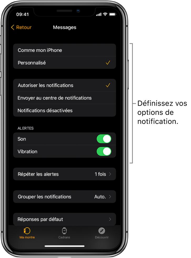 Réglages Messages dans l'app AppleWatch sur l'iPhone. Vous pouvez choisir d'afficher ou non les alertes, activer le son et les vibrations, et répéter les alertes.