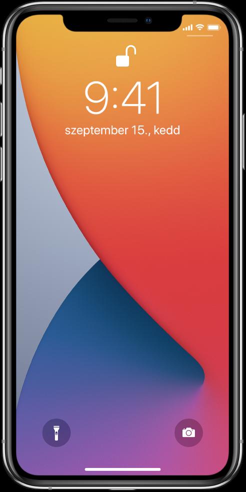 Az iPhone Zárolási képernyője az aktuális idővel és dátummal.