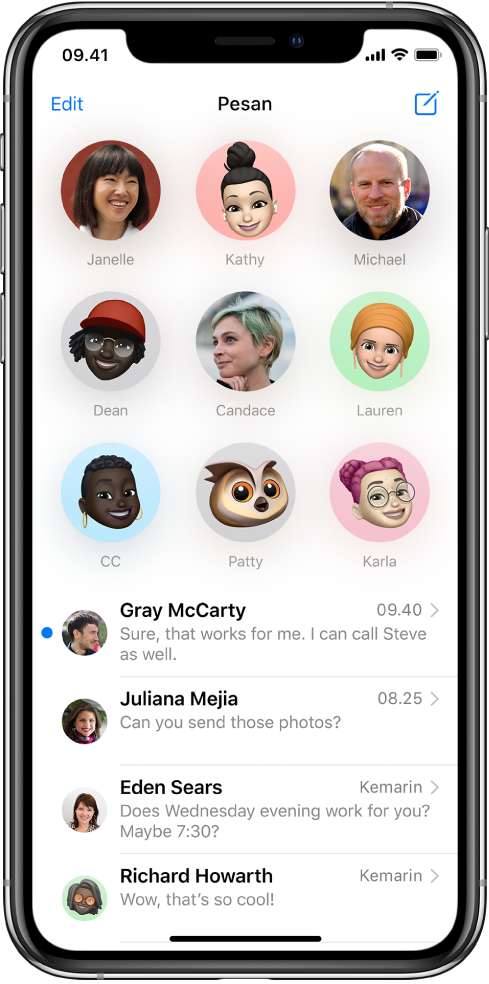 Daftar percakapan Pesan di app Pesan. Di bagian atas layar, sembilan gambar kontak ditampilkan dalam lingkaran yang menandakan mereka dipin. Di bawahnya terdapat daftar percakapan.