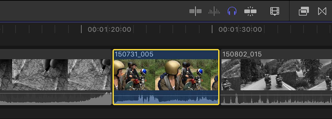 Ein auf Solo gesetzter Clip mit einer gelben Umrandung in der Timeline und ein nicht auf Solo gesetzter Clip in schwarzweiß