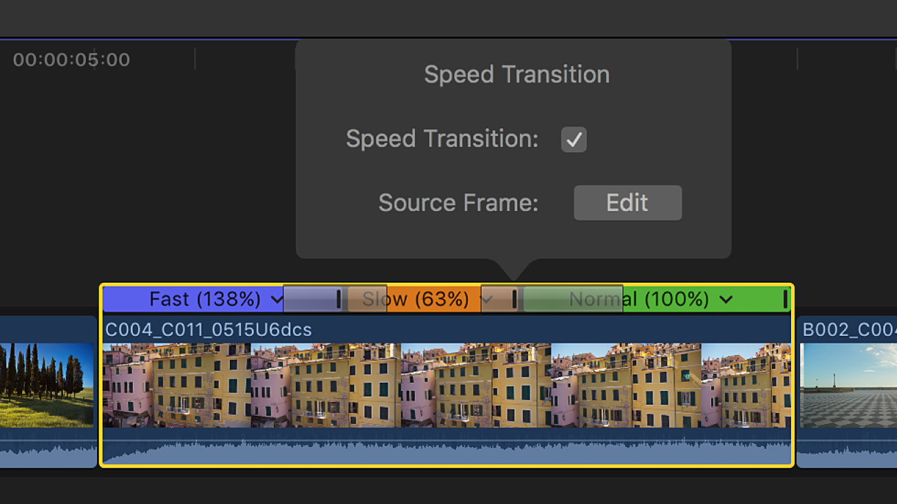 """La línea de tiempo con la ventana """"Transición de velocidad"""" encima de una transición entre segmentos de velocidad"""