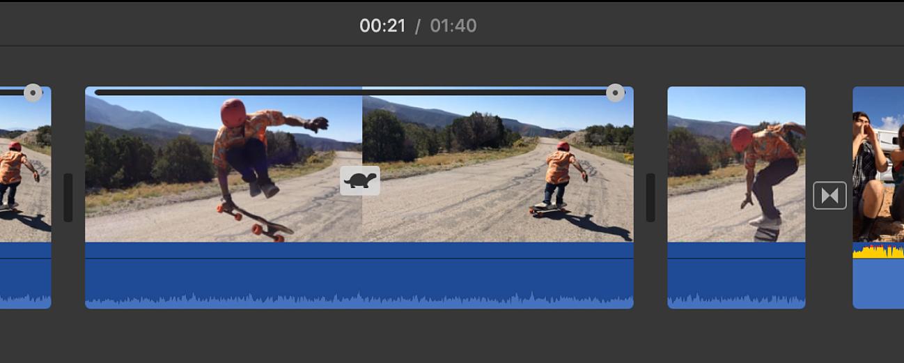 Ícono de tortuga y regulador de velocidad en un clip en la línea de tiempo