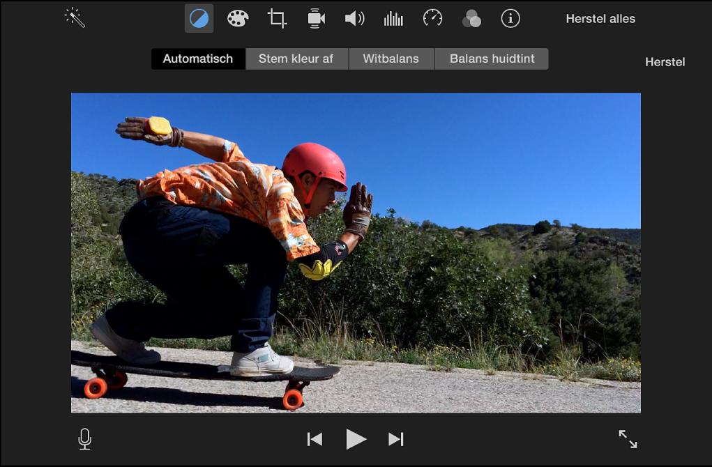 Weergavevenster waarin automatische kleuraanpassing is toegepast op een film
