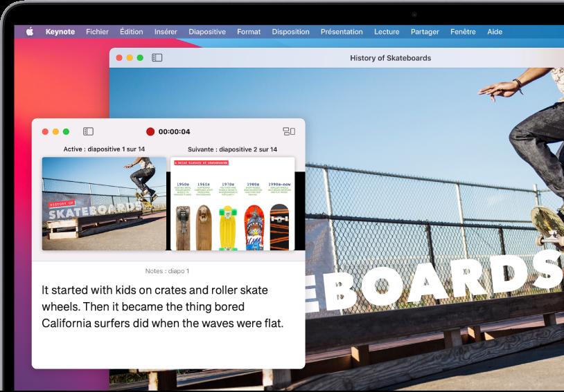 Une présentation lue en mode fenêtré. L'affichage de l'intervenant apparaît dans une fenêtre et la diapositive active est lue dans une autre.