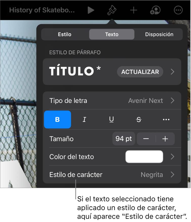 """Los controles de formato de texto con """"Estilos de carácter"""" debajo de los controles de color. El estilo de carácter Ninguno aparece con un asterisco."""