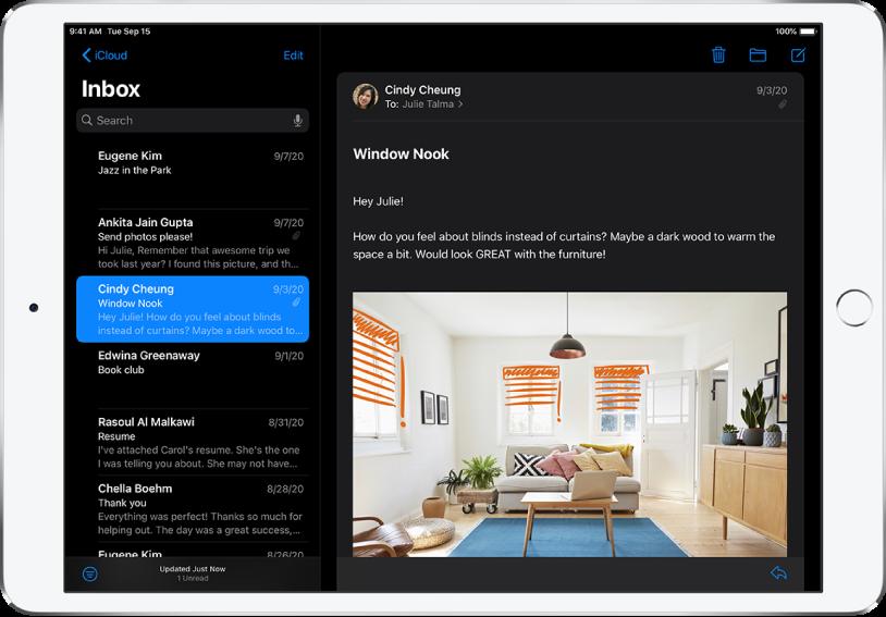 The Mail app in Dark Mode.