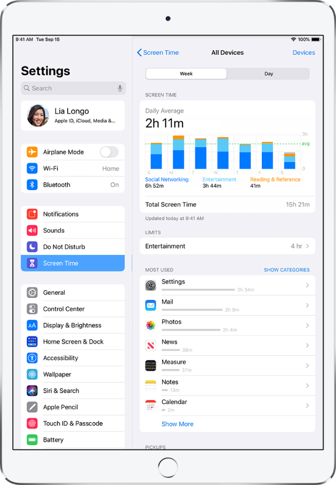 A Screen Time weekly report showing the total amount of time spent on apps, by category and by app.