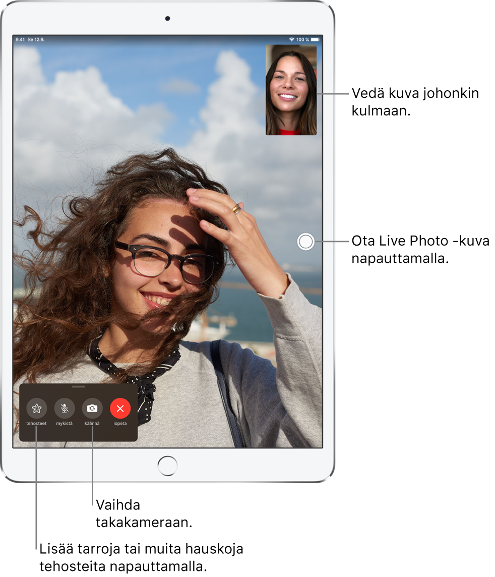 FaceTime-näyttö, jossa näkyy meneillään oleva puhelu. Kuvasi näkyy pienessä suorakulmiossa yläoikealla ja toisen henkilön kuva näkyy koko näytöllä. Näytön alareunassa ovat Tehosteet-, Mykistä-, Käännä- ja Lopeta-painikkeet.