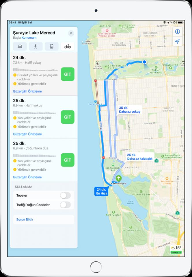 Birden fazla bisiklet güzergâhını gösteren bir harita. Soldaki bilgiler; tahmini süreler, yükseklik değişiklikleri ve yol türleri de dahil olmak üzere her bir güzergâh hakkında ayrıntılar sunar. Her bir güzergâh seçeneğinin yanında bir Git düğmesi görünüyor.